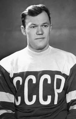 http://sportlegend.kulichki.net/hockey/bobrov.jpg